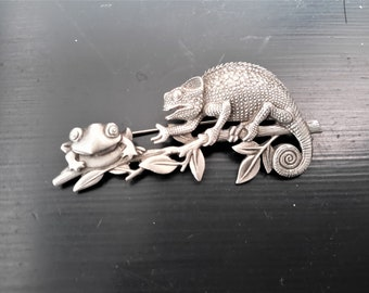 JJ Pewter Chameleon and Frog Brooch Pin Usa Made FREE SHIPPING