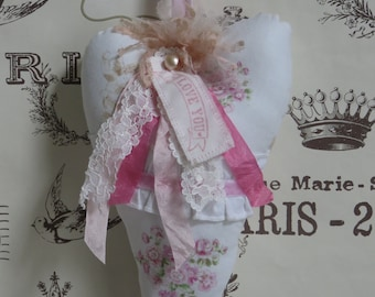 Shabby Pink Roses and Lace Heart, Mother's Day Gift, FREE USA Shipping, Angel Roses Fabric Ruffled and Velvet trims, I  love you fabric tag