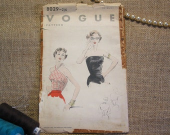1950s Vogue Dress Pattern ~ Size 14 ~ 32 Bust ~ 35 Hips ~ 5/6 Pieces ~ 1953 ~ Halter Top ~ Easy to make ~ Vogue 8029