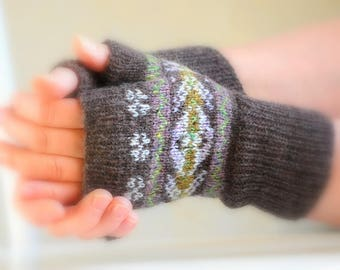 Knitting Pattern Fair Isle Mitts Digital download pdf