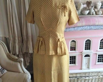 1940s yellow blouse and skirt suit in linen