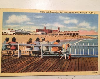 Vintage Postcard Asbury Park N J 1943 Beach & Convention Hall from Fishing Pier Mint Linen