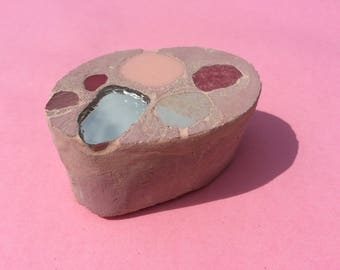 Block / paperweight / book / ornament / Pink