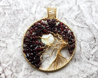 Natural garnet tree of life pendant, january birthstone gift for her, red statement necklace, birthday gift for a capricorn, pearl moon