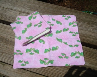 Organic Bamboo Ultra Soft Wipes or Washcloth Set for Baby Girls - Turtle Train 791