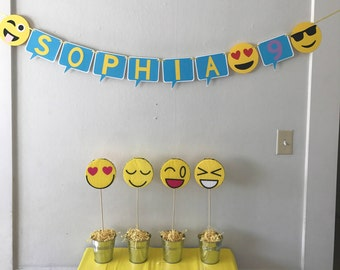Emoji Party Decoration Set.