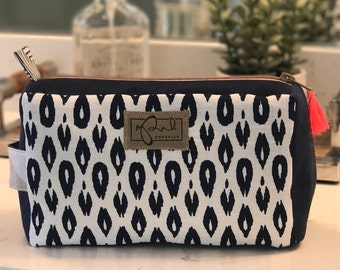 Blue and white cosmetic toiletry Dopp kit bag