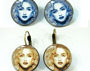 Lot of 2 pairs of earrings, Madonna