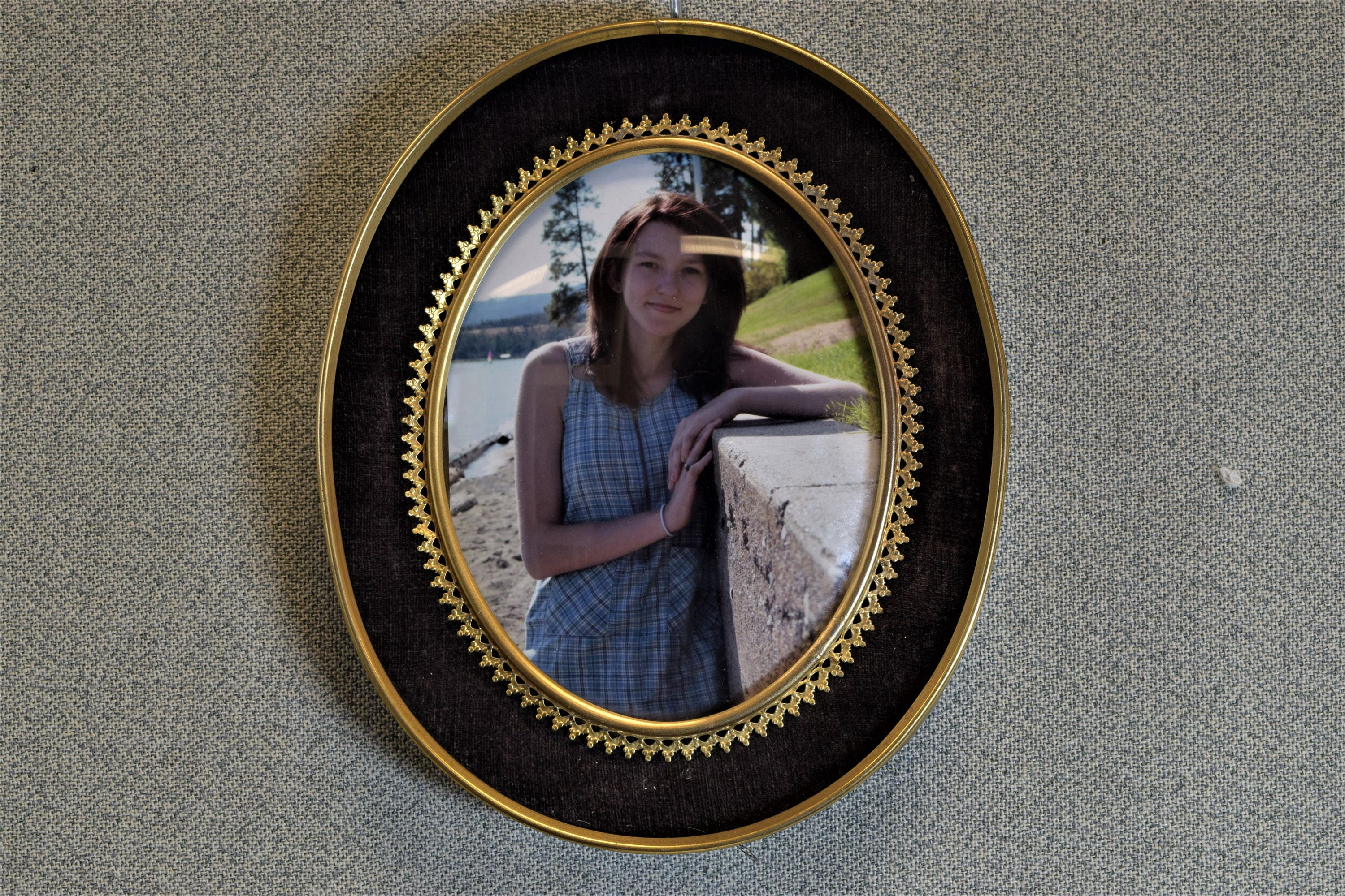 4 x 5 oval photo picture frame with convex glass zoom jeuxipadfo Images