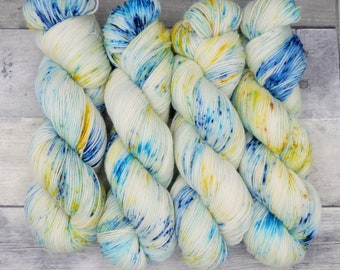 Mimblewimble (Luxe Sock, speckled)- speckles of warm yellow and blue