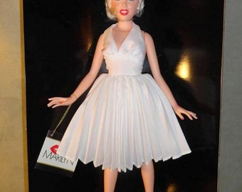 rare World Doll vintage 1983 Marilyn Monroe 71897 doll celebrity collection series white dress seven year itch new nib