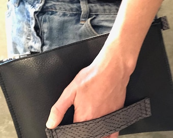 Handmade Large Leather black zip clutch w. handle / Leather bag / Leather pouch / Travel case