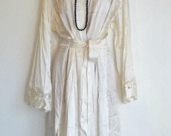 Women's Vintage BOUX AVENUE Stretch Midi Ivory 100% Silk Robe Dressing Gown Size UK16 UK18