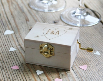Valentines Music Box | Pine Laser Cut | Wedding & Anniversary Gift | You Are My Sunshine | Gifts For The Couple | Worldwide Shipping