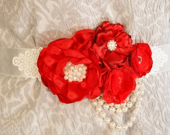 Flower Sash, Wedding Dress Belt, Floral Bridal Sash, Vintage Wedding Dress Sash, Womens belt, Flower waistband, Blush wedding accessories