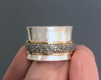 Wide Silver Spinner Ring with Hammered Gold and Waves Pattern Band, Mixed Metal Meditation Ring, Fidget Ring, Worry Ring