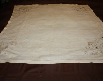 Square Natural Linen Tablelcoth