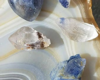 Rare Dumortierite included Quartz lot- 4 Dumortierite incl Quartz points, 1 polished Dumortierite incl Quartz pendant/cabochon  from Brazil