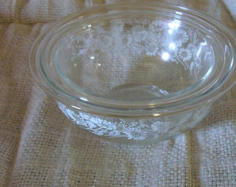 Vintage Pyrex Clear Glass Mixing Bowl Set// Colonial Mist Pyrex Mixing Bowls, 2.5 L and 1.5 L Mixing Bowls