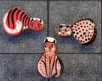 Trois chats aimants pour réfrigérateur par Jenny Mendes
