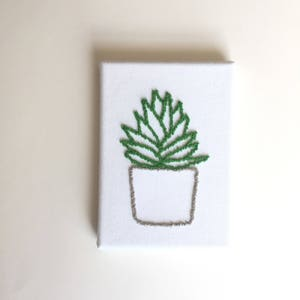 Punch Needle Succulent, Wall Decor, Green Plant Wall Art, Art on Canvas, Fiber Art, Decoration, Rustic Gift, Handcrafted, Farmhouse Decor