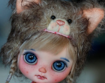 OOAK Special Custom Middie Blythe as * Little Fluff * By Freddy Creations / BLYTHEBOI RESERVED by Amber