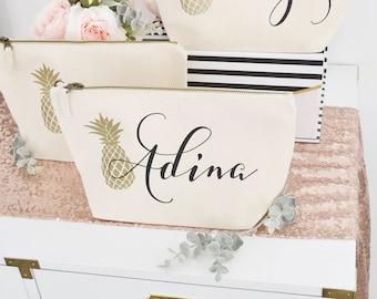 Bridesmaid Gift, Wedding Thank you gift, Personalised Bridesmaid Gift Make up bag, Bridal Party Cosmetic Make up Bag
