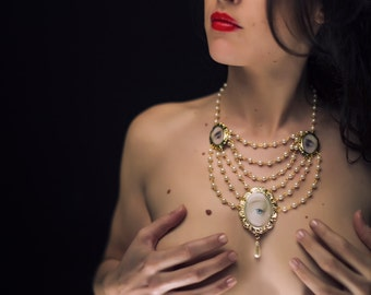 Gold Pearl Necklace - The Tricorn