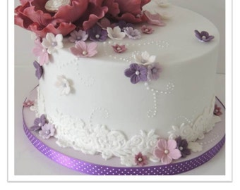 Fantasy Wired Flowers & Lace Ganached Cake PDF Tutorial