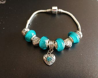 Turquoise charm's bracelet with heart charm and rhinestone ref 942