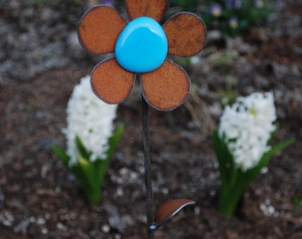 NEW  Garden Flower - Jumbo w/glass - 10 to 18 inches tall