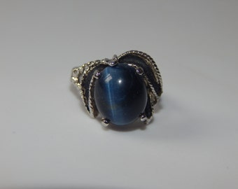Vintage Silver Tone Blue  Cabochon Ring 18kt HGE Blue Stone Ring
