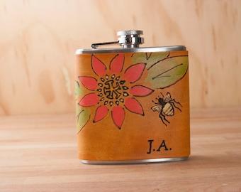 Ballon - cadeau de demoiselle d'honneur en cuir et en acier inoxydable - abeille et monogramme - troisième anniversaire, mariage, cadeau d'anniversaire 21 personnalisés