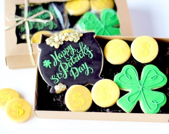 """Half Dz. """"Pot of Gold"""" Cookie Set! A Rainbow's End Swims in Gold!"""
