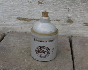 Vintage and RARE Pure Vanilla Extract Crock for J. Zachary Rollingstone Minnesota