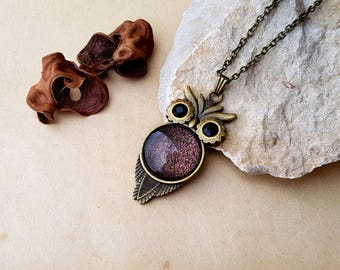 Owl Necklace, bronze owl choker, owl lover gift idea, owl jewelry, layering necklace, owl pendant, changing color necklace, Mars necklace
