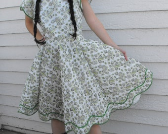 Square Dance Dress Dancing White Eyelet Print Full Skirt Vintage 60s M