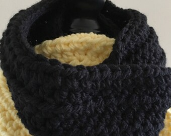 chunky cowl || circle scarf || the Guilford shown in yellow & black