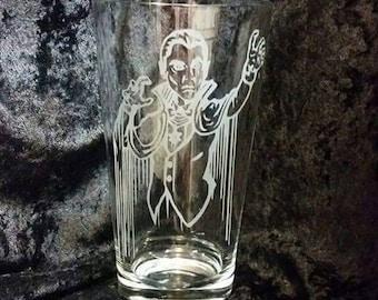 Dracula Inspired Classic Universal Horror Monster Etched Pint Glass Universal Dracula Classic Horror Movie Universal Monster Dacula