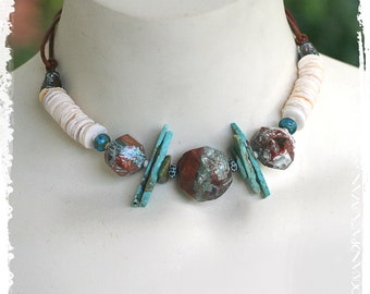 Turquoise Choker Adjustable, Southwestern Clamshell and Turquoise Jewelry, Tribal Short Boho Necklace, Rustic Bohemian Necklace for Women,