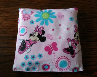 Boo Boo Packs, Ouch Pouch, Reuseable Hot or Cold Packs, Kids Ice Pack, Handwarmers, Heating Pad, Set of 2, Minnie Mouse Fabric !
