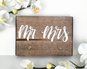 Key Hooks - Mr Mrs OR Hubby Wifey