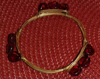 Small ruby red beaded bangle