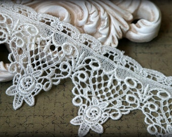 Tresors   Ivory Venice Lace for Bridal, Costume Design, Millinery, Altered Couture, Sashes, Handbags, Crafting LA-020
