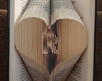 Book Folding Pattern -Alphabet R Initial  + Free Tutorial