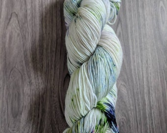 Yarn, Hand dyed yarn, Speckled Yarn, Superwash Merino/Nylon,Sock Yarn, Knitting Yarn, Crochet Yarn - Moss Matched