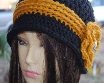 Womans Crochet cloche bucket flapper hat 22 to 24 Black Gold