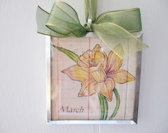 Birth Month Flower - March - Daffodil - 3x3 Beveled Glass Ornament - Art Print - Birthday Gift - Birth Month Gift - Spring Flower -  Yellow