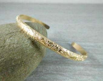Flower & Leaf 14K Gold Filled Cuff Bracelet, Gold Open Bangle Bracelet, Nature Inspired Stacking Bracelet, Minimalist Jewelry, 4mm Wide Cuff