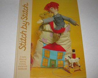 Baby Crib Layette Crochet Pattern Stitch by Stitch Torstar Books Volume #11 Vintage 1984